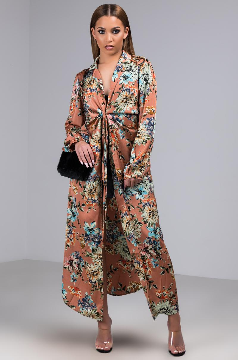 7eaf5e8b AKIRA Yes Your Highness Floral Print Duster in Orange - Lyst