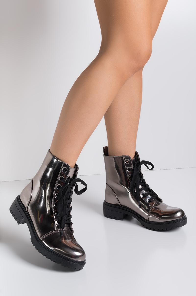 Resultado de imagen para mine boots