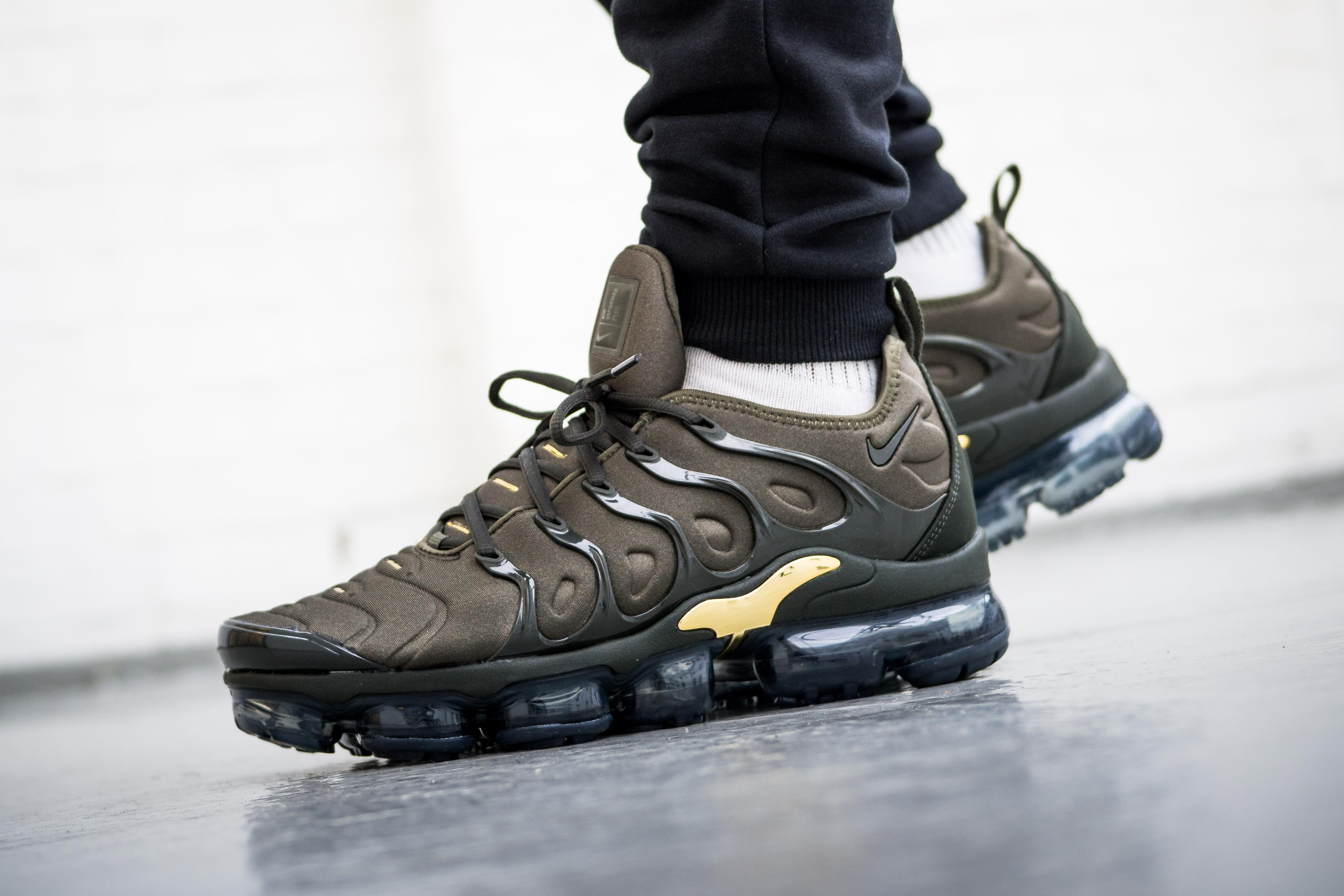 4bffd5bc2d7 sale lyst nike nike air vapormax plus in green for men 4e122 72733