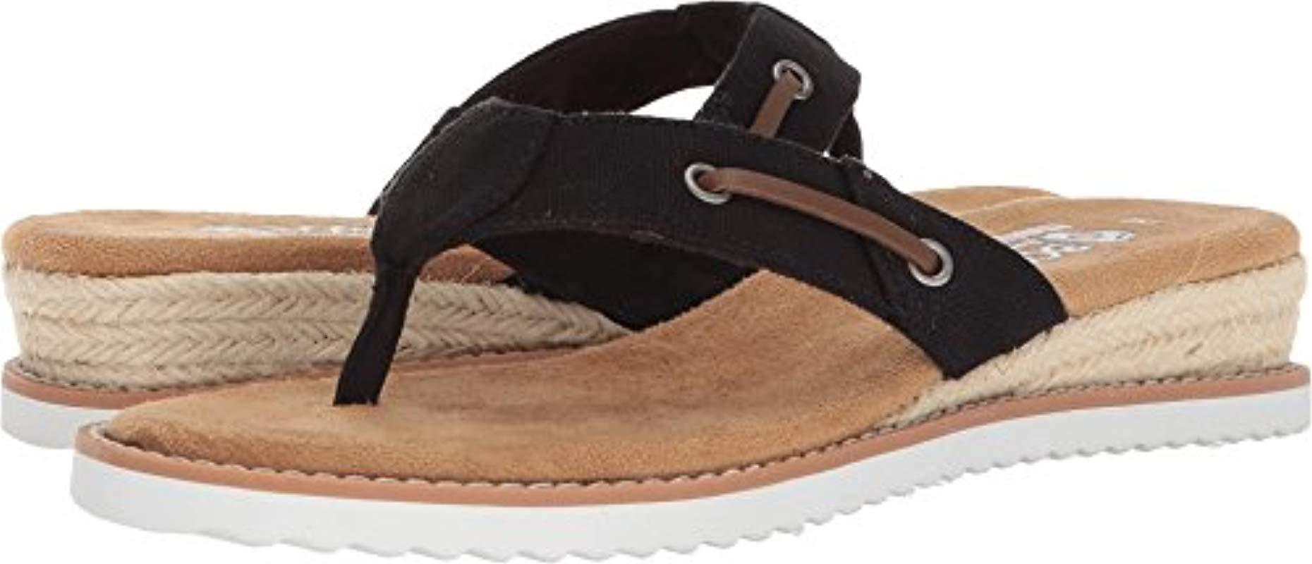 8a81ee6272e9 Lyst - Skechers Bobs Desert Kiss-off Grid Flip-flop in Black - Save 61%