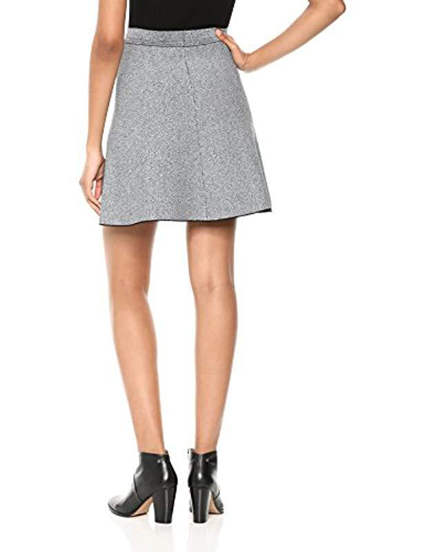 b72e24865f Lyst - Theory Short Flare Skirt in White
