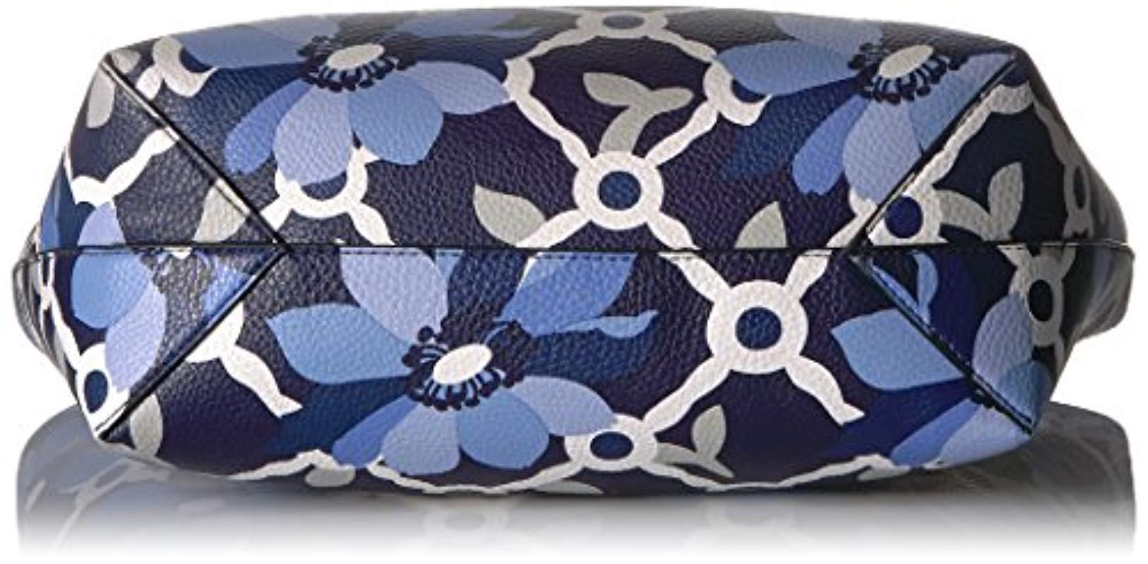 599c503ec8e7 Lyst - Guess Bobbi Floral Inside Out Tote in Blue