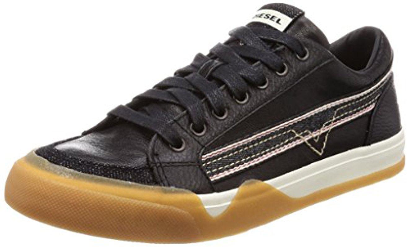 DIESEL. Men's Black S-grindd Low Lace Sneaker
