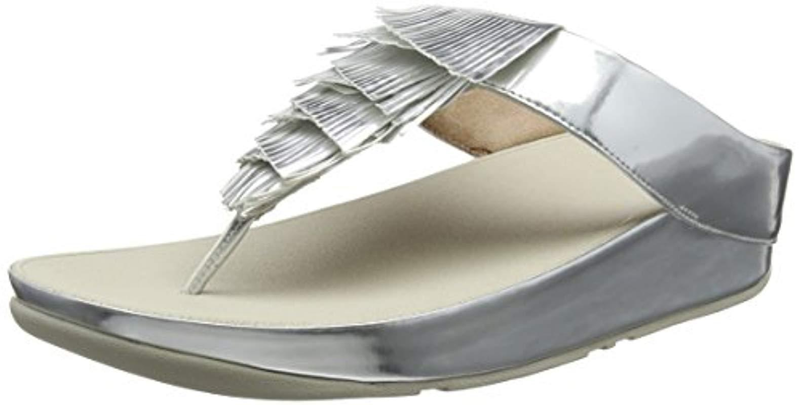 47b6499877435 Fitflop Metallic Cha Fringe Toe-thong Sandals in Metallic - Lyst