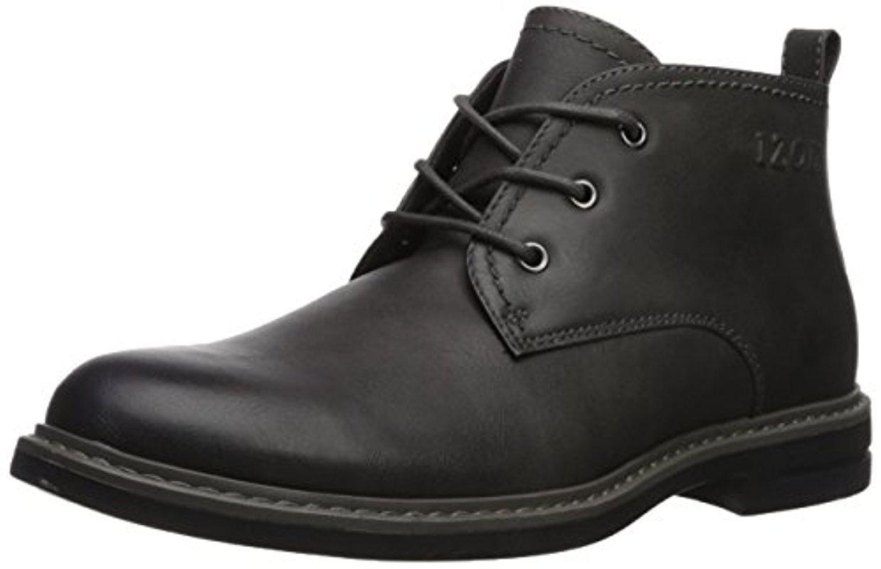 Izod. Men's Gray Cally Chukka Boot