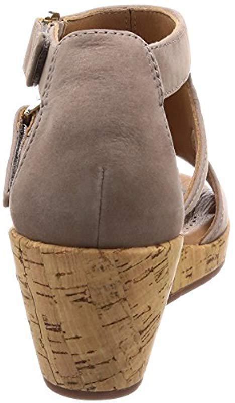 e4c3eeecbf Clarks - Gray Un Plaza Strap (warm Grey Nubuck) Sandals - Lyst. View  fullscreen