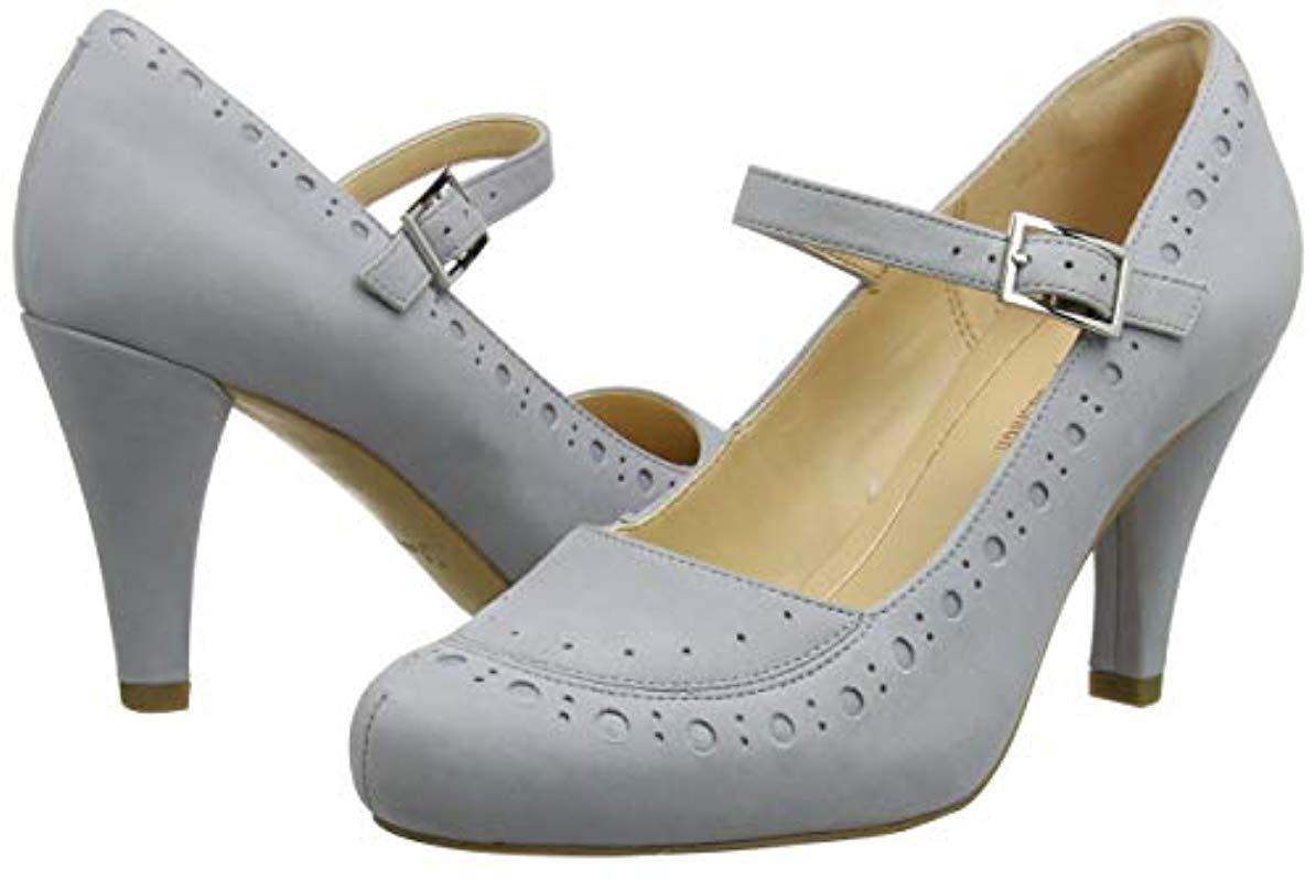 21d24e821afb Clarks Dalia Millie Closed-toe Pumps in Gray - Lyst