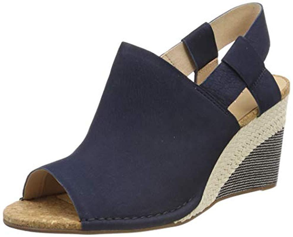 1dba727ed2bf Clarks Spiced Bay Closed Toe Sandals in Blue - Lyst