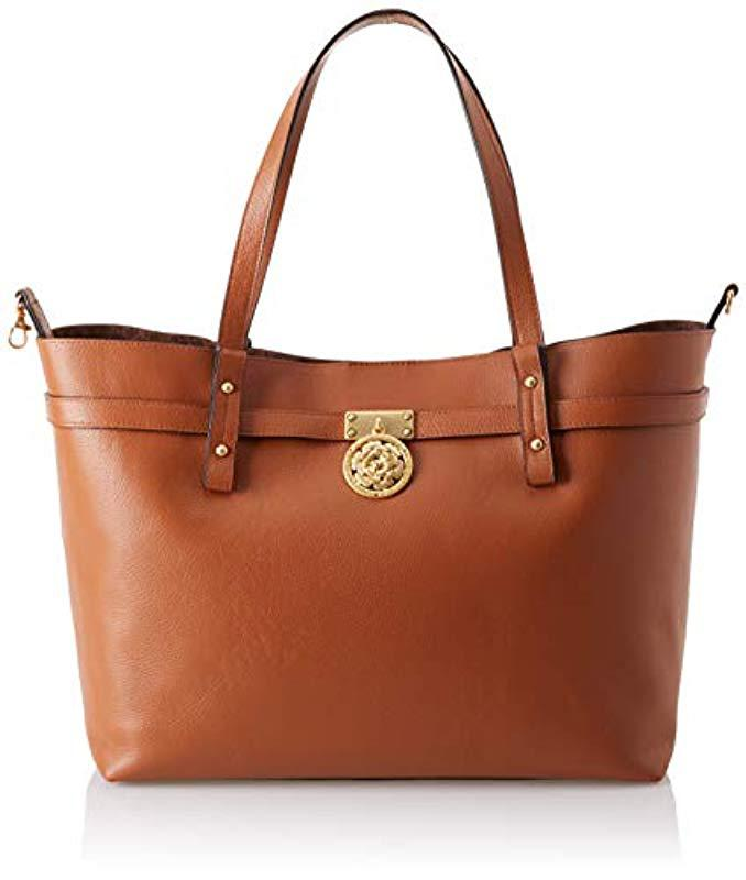 Guess Peony Shoulder Bag in Brown - Save 11% - Lyst 5415a6b305451