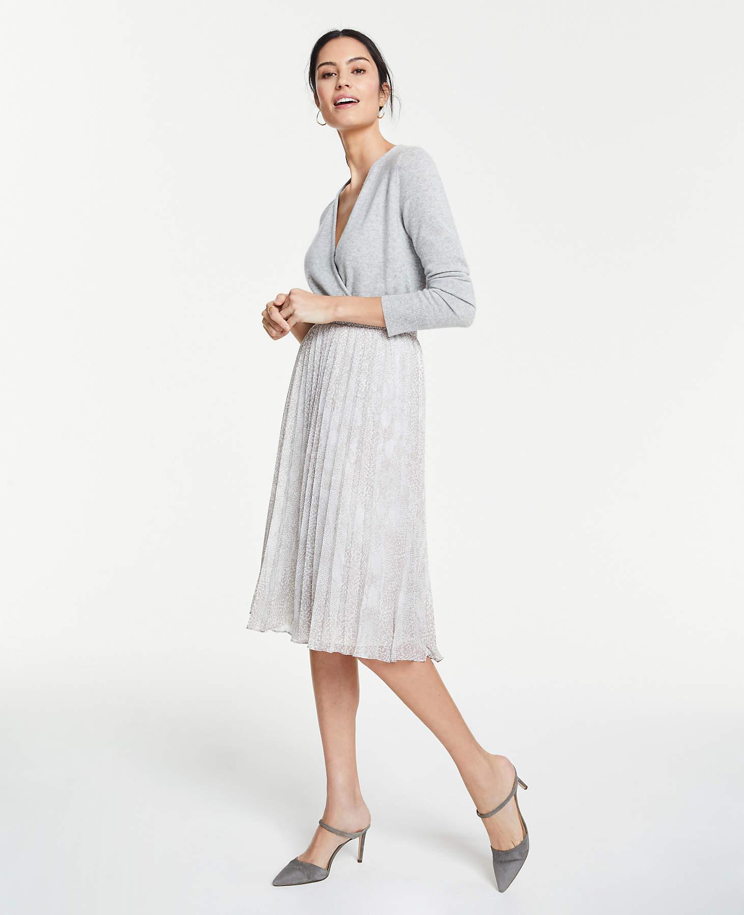 768bd5ef193 Ann Taylor Petite Snakeskin Print Pleated Midi Skirt in White - Lyst
