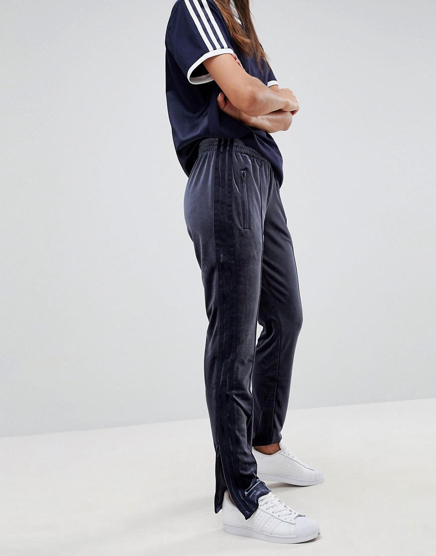894bfe85584 adidas Originals Originals Firebird Track Pant In Navy Velvet in ...