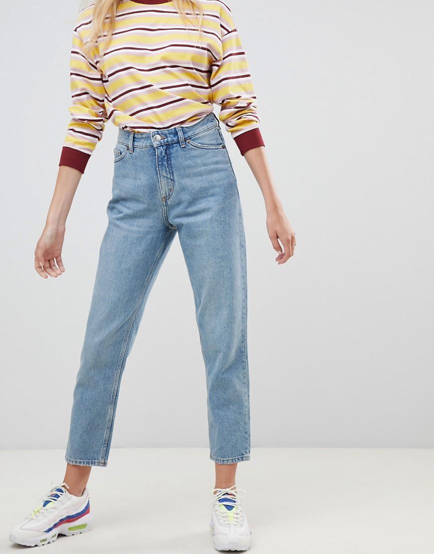 964b4dfc569 Lyst - Monki Taiki High Waist Mom Jeans With Organic Cotton In Light ...
