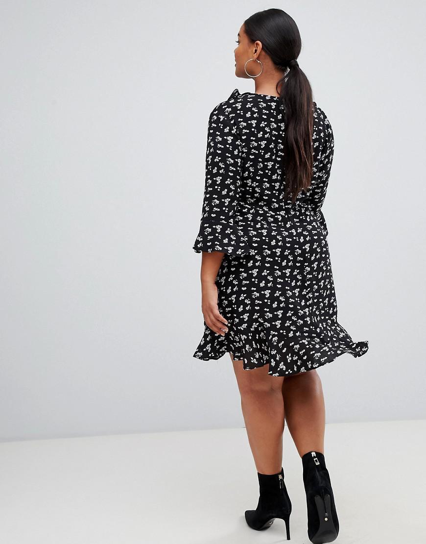 3fd5563229940 Lyst - Boohoo Ruffle Tea Dress In Ditsy Floral in Black