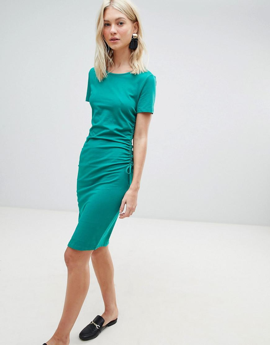 Lyst - Vero Moda Gathered Side Midi Dress in Green