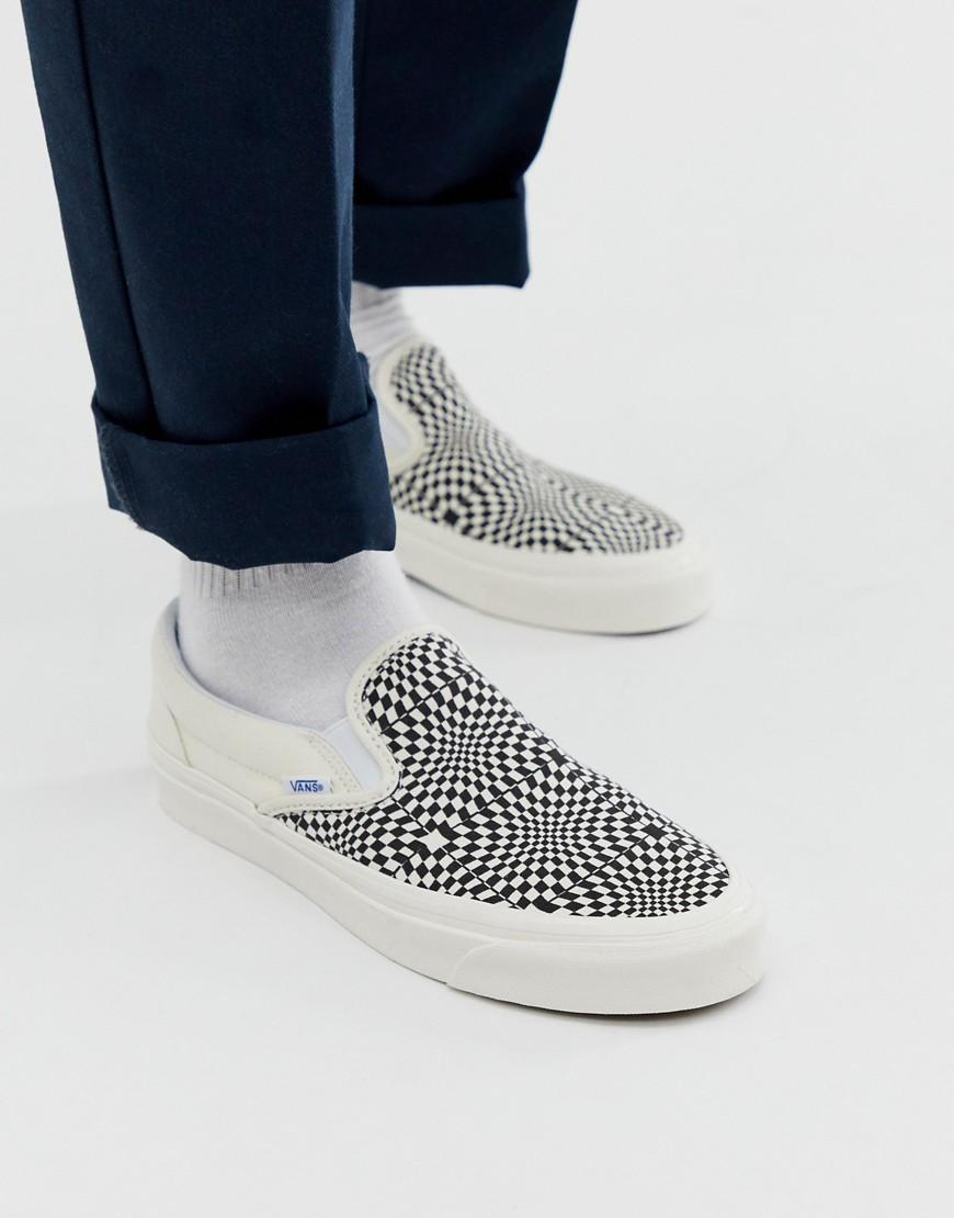 31736545e9a4b8 Vans Slip-on Checkerboard Plimsolls In Black in Black for Men - Lyst