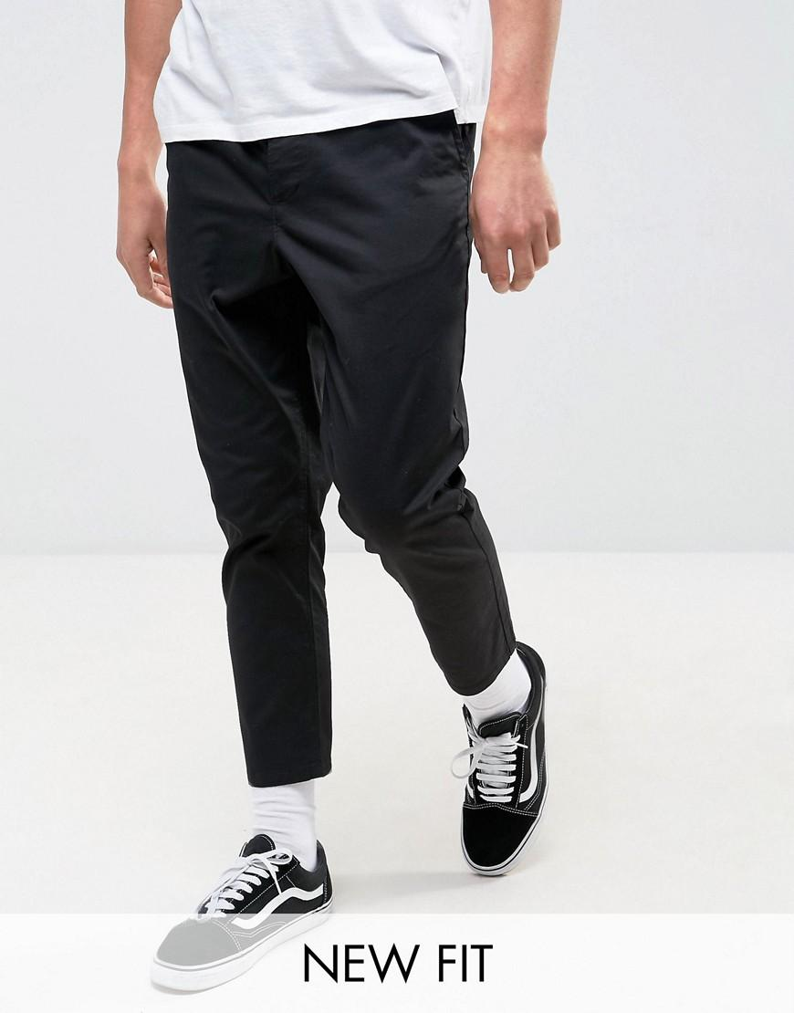 Buy BOSS Regular-fit tapered cotton-blend chinos Black RJNOHJB. Men's Chinos - BOSS Regular-fit tapered cotton-blend chinos Black RJNOHJB. Course rules dictate that – as always – the dress code will be a smart-casual one this season.