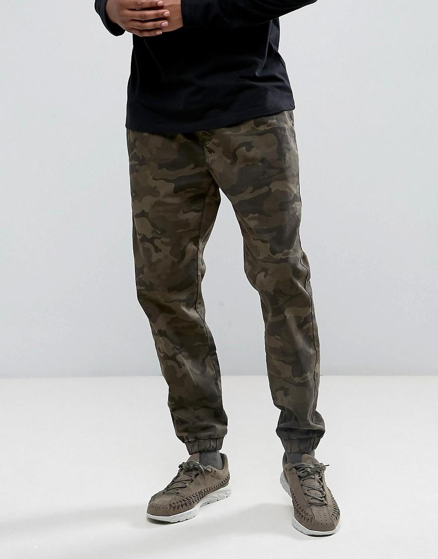 Bershka Skinny Chino Joggers In Camo in Green for Men | Lyst