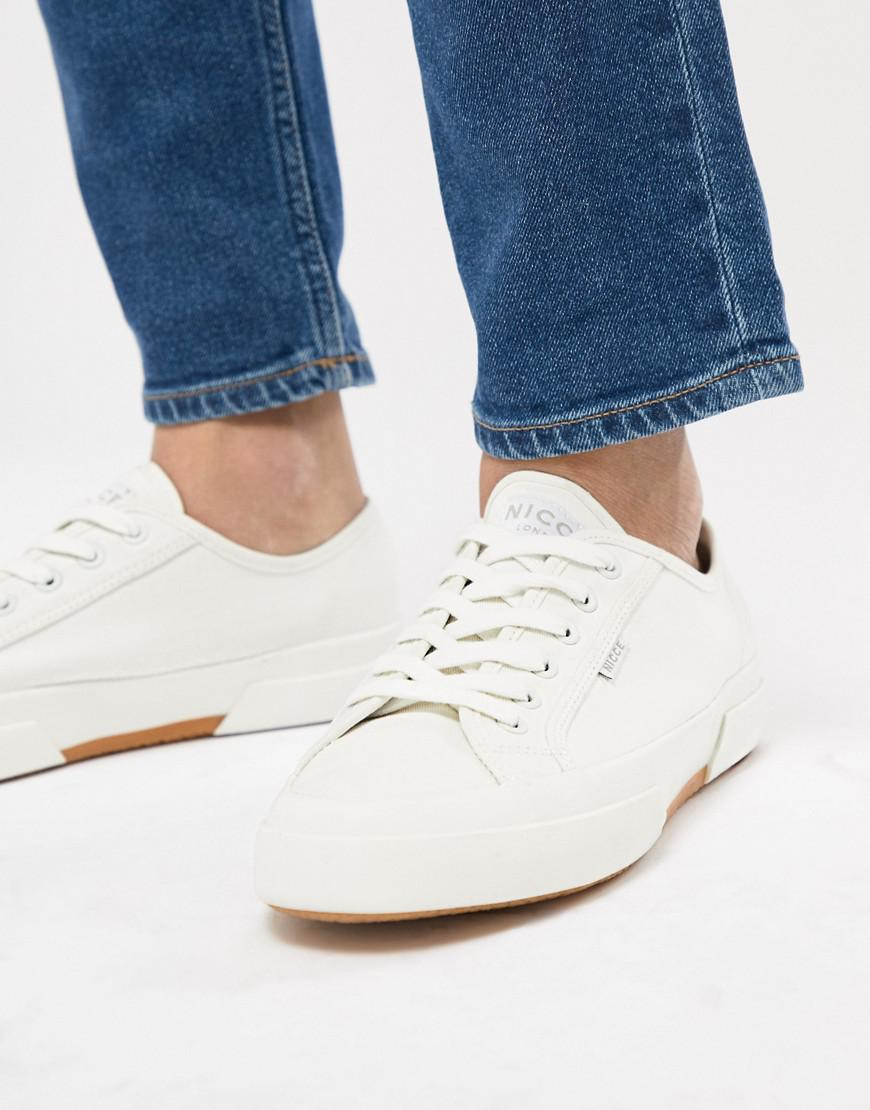 reputable site 98c99 f1c05 Nicce London Nicce Affleck Sneakers In White in White for Me