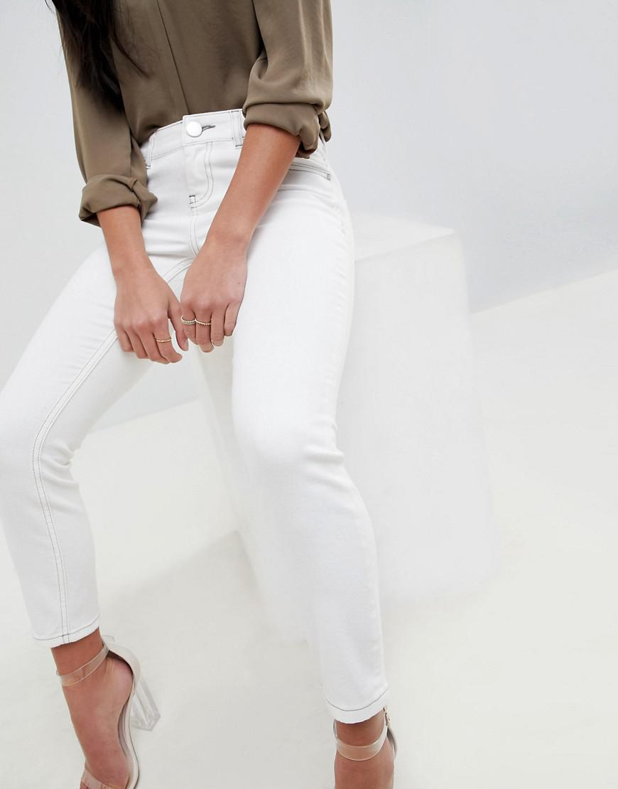 ASOS DESIGN Petite Whitby Low Rise Jeans In Off White With Contrast Stitching - White Asos Petite VEHdez3uf