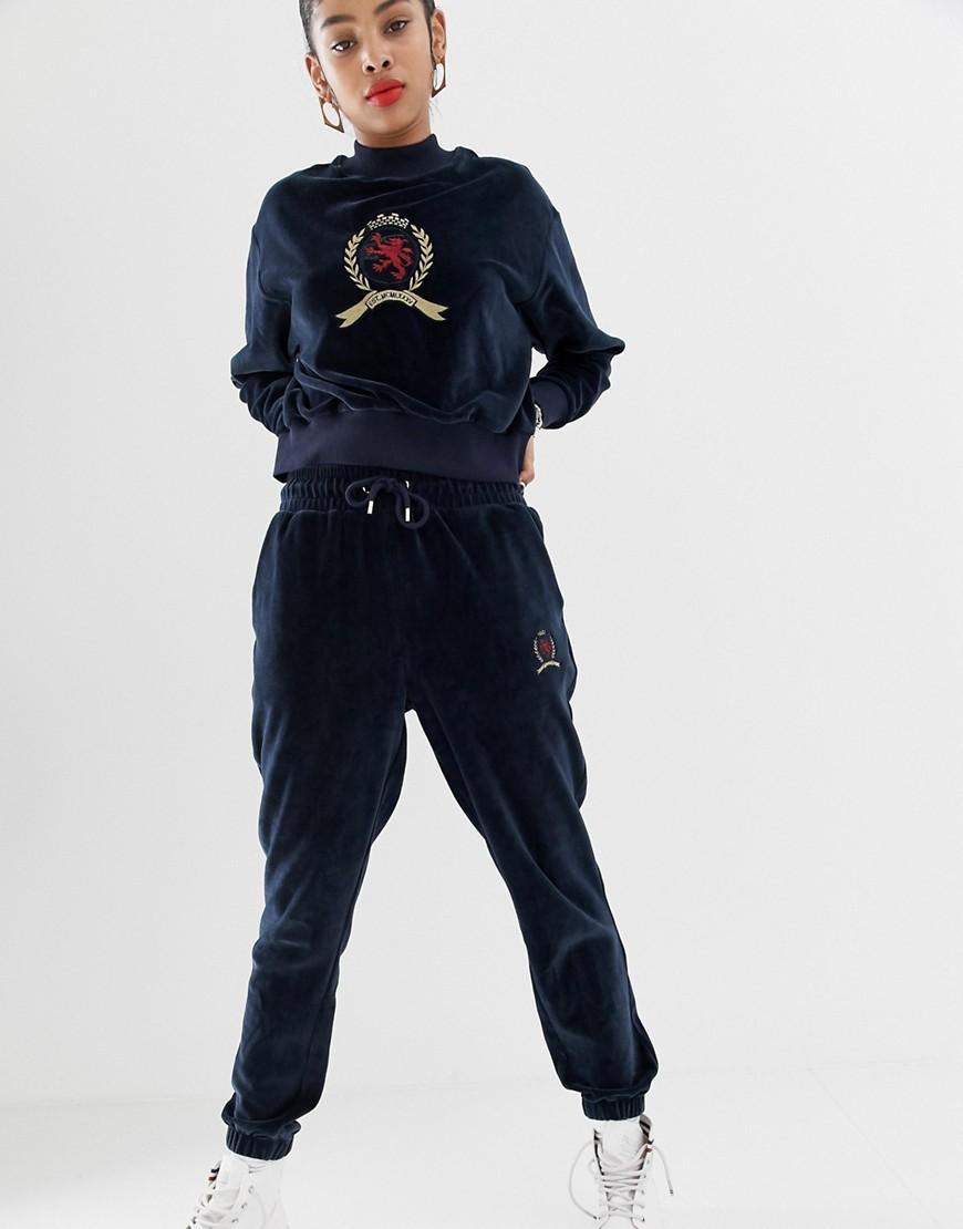 a7a0e3d2e83955 Lyst - Tommy Hilfiger Capsule Crest Logo Velvet jogger in Blue