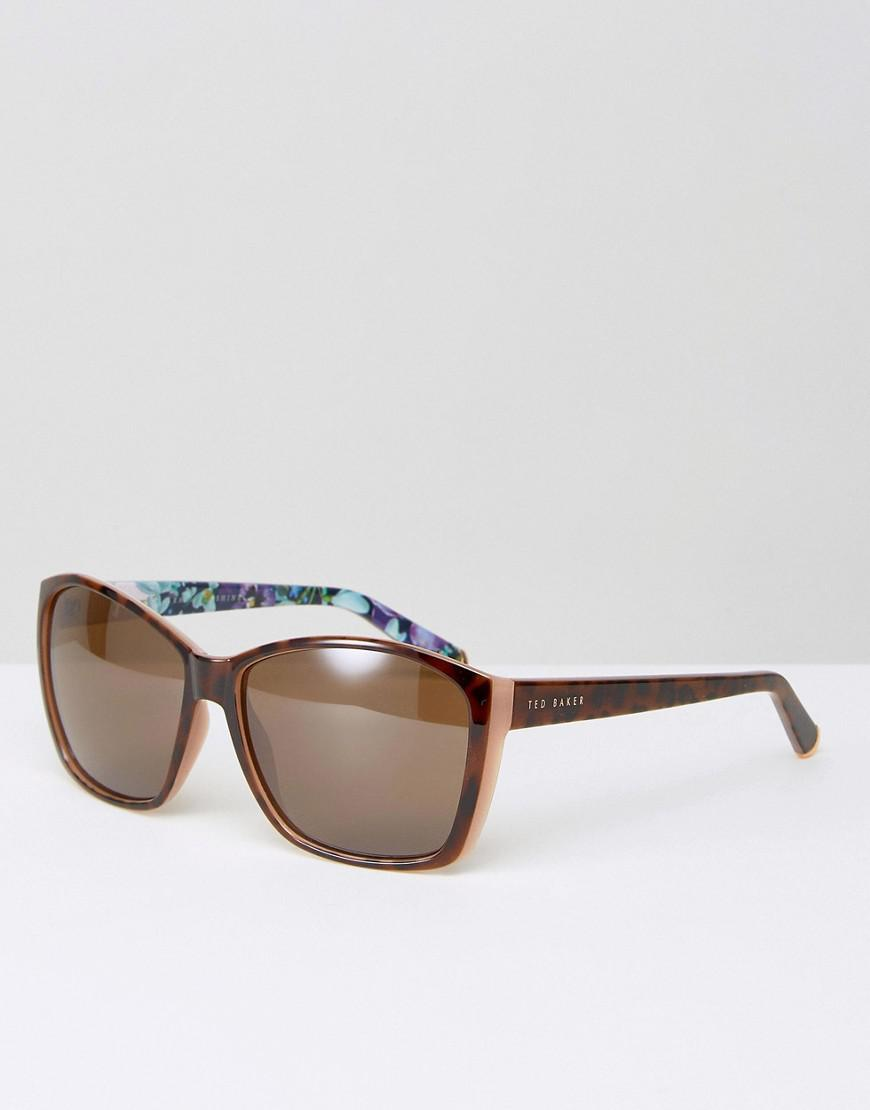 4f743a80fa9 Gallery. Previously sold at  ASOS · Women s Blue Sunglasses ...