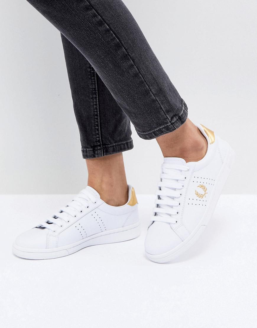 abf82c7f5628 Fred Perry B721 Lace Up Trainer With Perforated Detail in White - Lyst