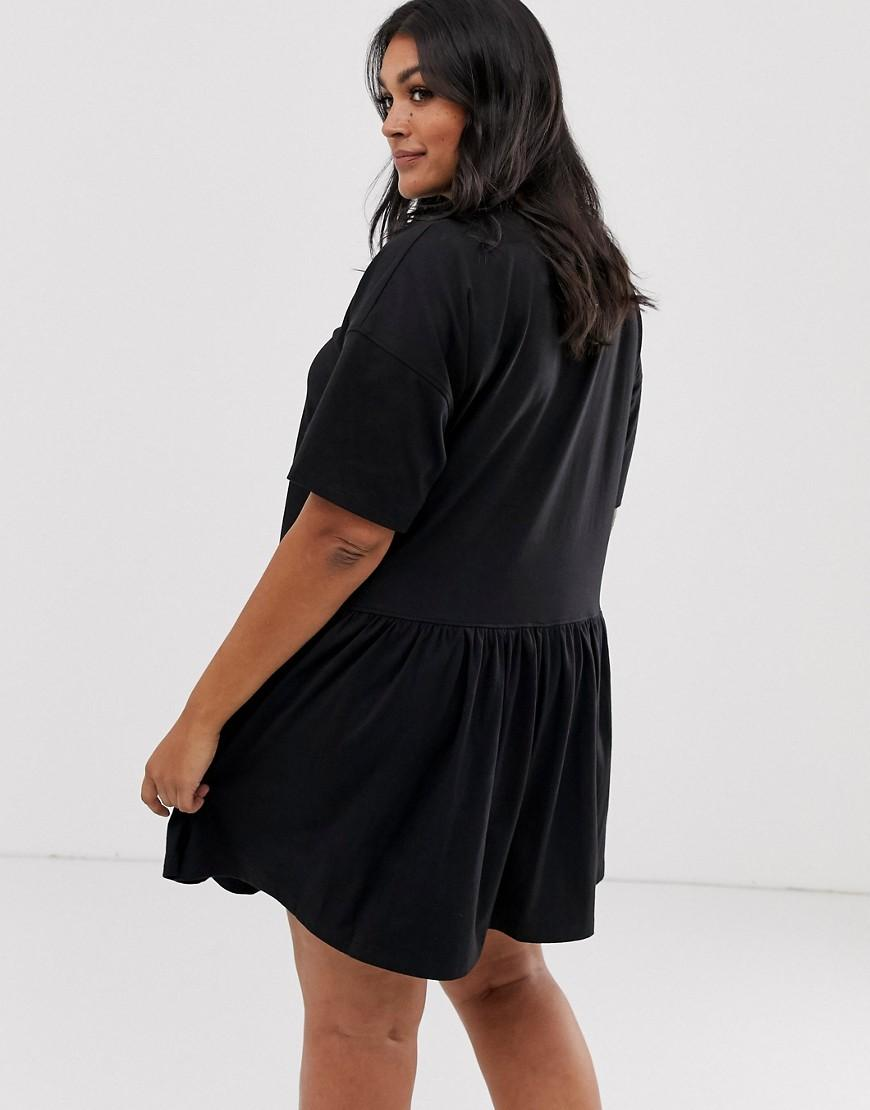 cb1ce2212f Missguided Smock Dress With Button Detail In Black in Black - Lyst