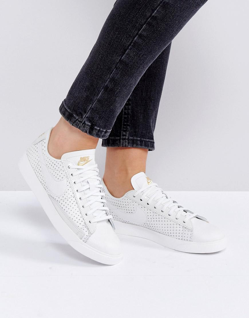 new concept 9bc23 0d8d7 Nike Beautiful Power Low Blazer Trainers - Lyst
