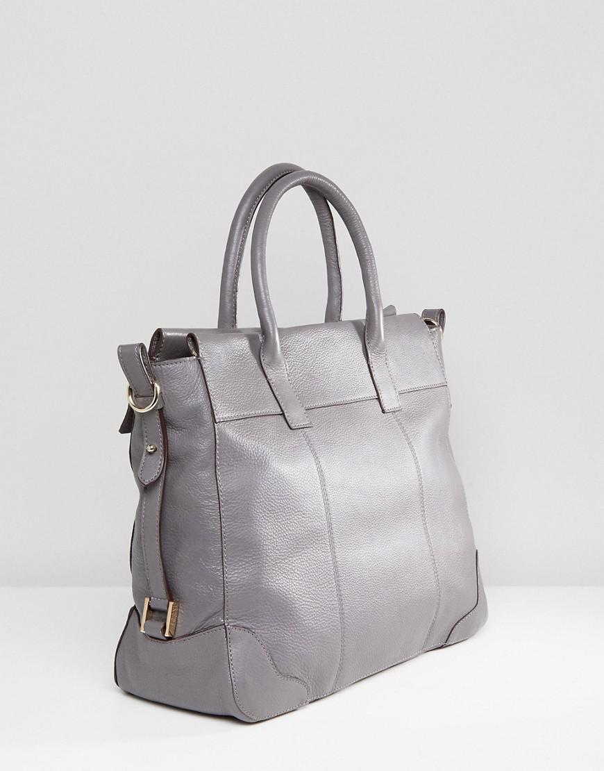 30e9ed456d52c Paul Costelloe Real Leather Tote With Fold Over Chain Closure in ...