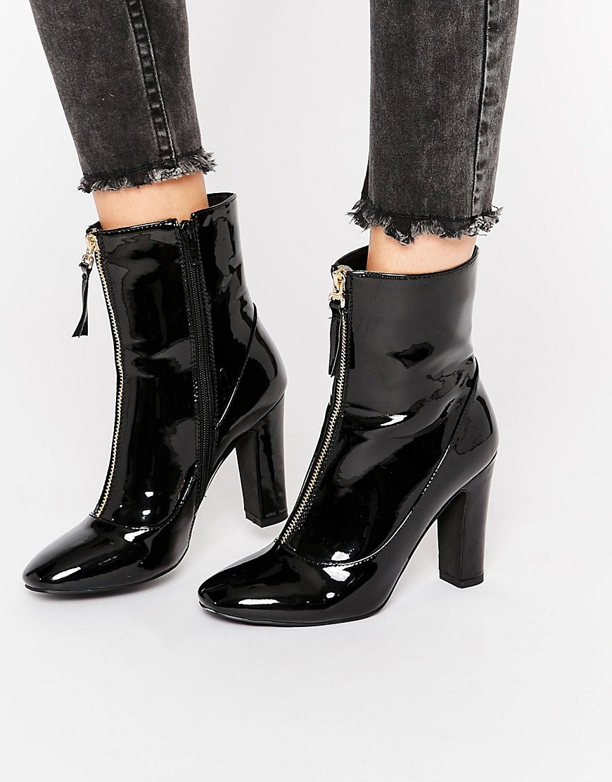 Black Patent Heeled Shoes