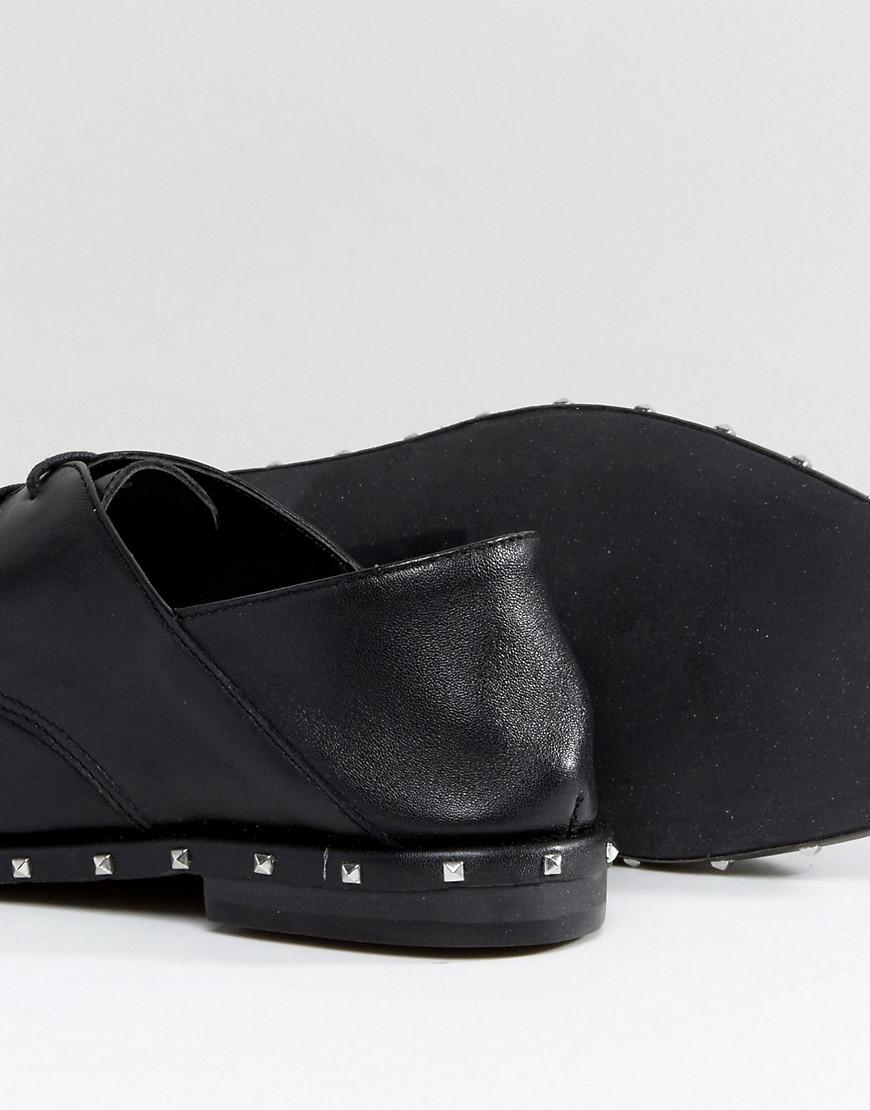 Stud Brogue - Black Stradivarius WfZsmV