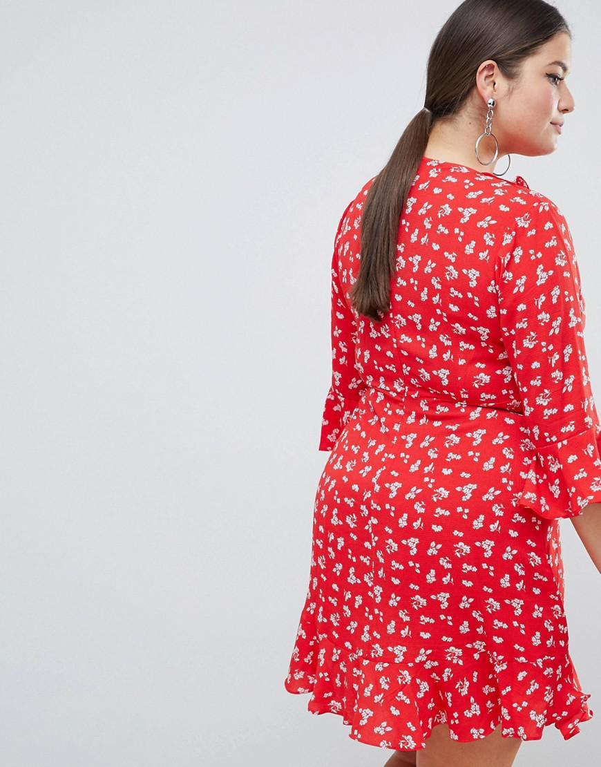 674ecb8aea32 Boohoo Ditsy Print Ruffle Tea Dress in Red - Lyst