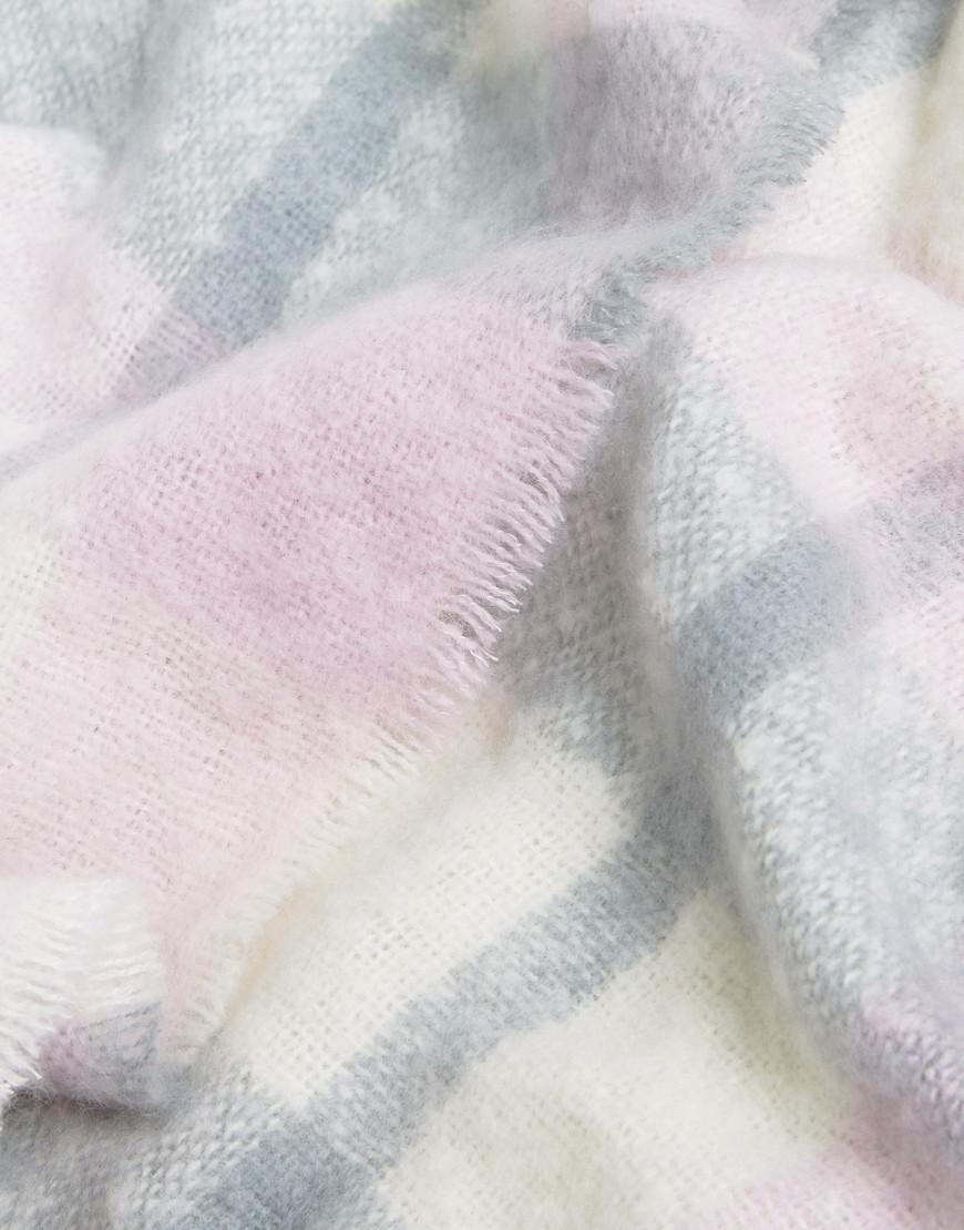 Check Boucle Scarf with Tassels in Pink Check - Pink check Stitch & Pieces Vc769SMBAK