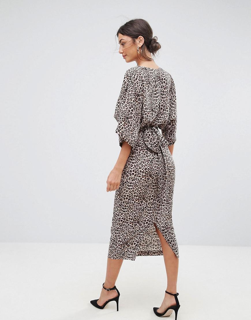 Kimono Dcollet Animal Imprim Robe Asos Coloris En Plongeant Lyst qSGjpMVUzL