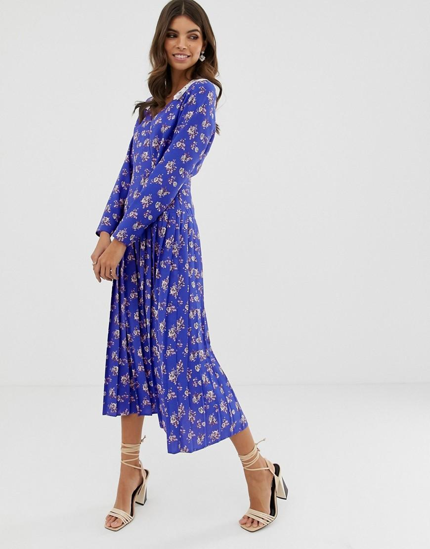 40adb185c2d ASOS. Women s Blue Pleated Maxi Dress In Ditsy Floral Print With Lace Collar