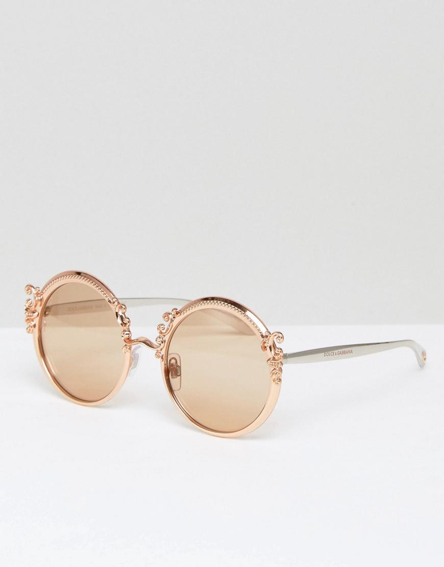 5f5181415b Lyst - Dolce   Gabbana Round Sunglasses With Baroque Detail In Gold ...