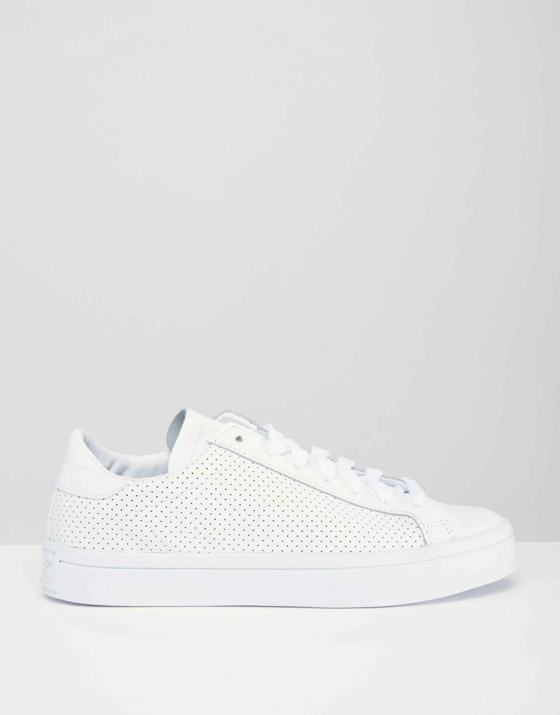 Court Vantage Perforated Leather Sneakers adidas Originals M3ZecgLS