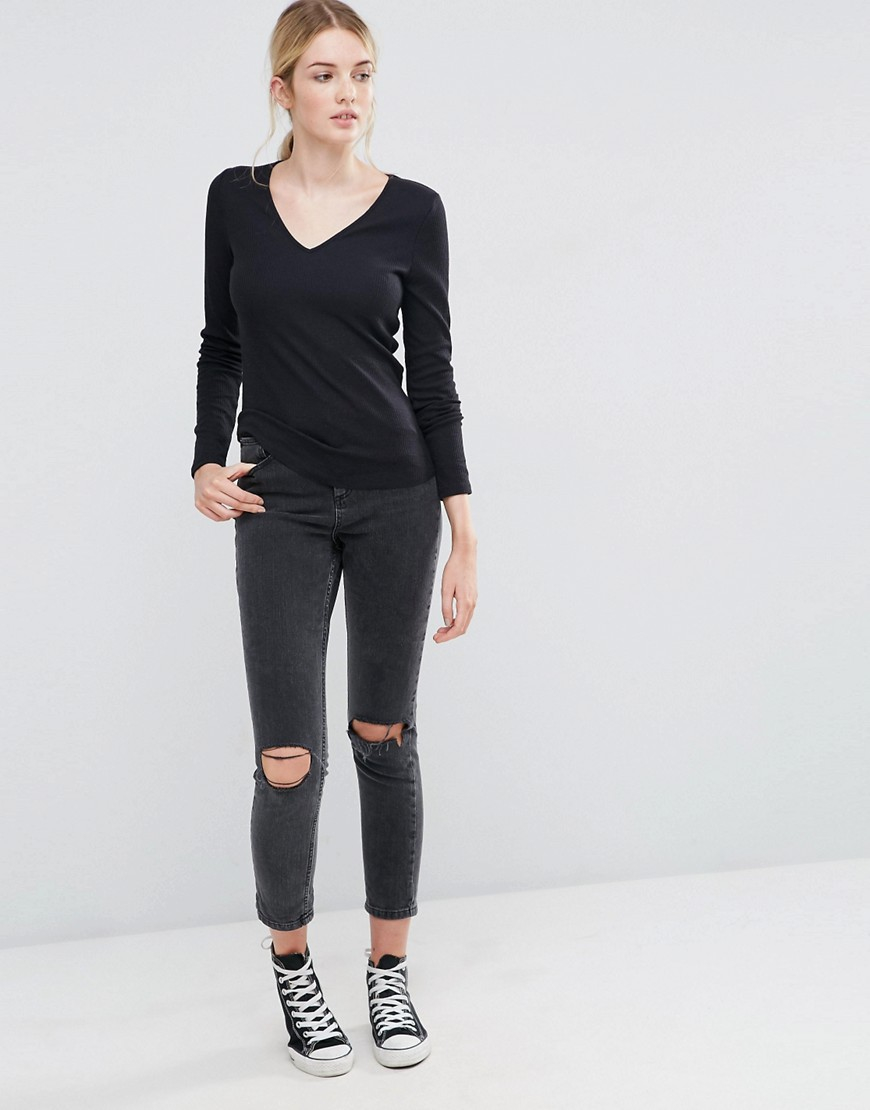 Lyst asos fitted v neck long sleeve t shirt in slub in black for Black fitted long sleeve t shirts