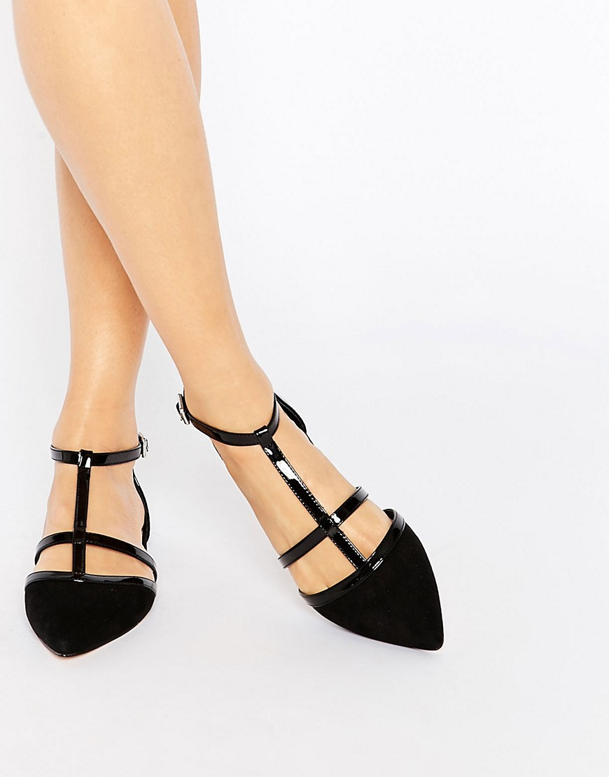 women's flat shoes products found Our collection of women's flat shoes will leave you spoiled for choice whether you're looking for chic footwear or something a bit more casual.