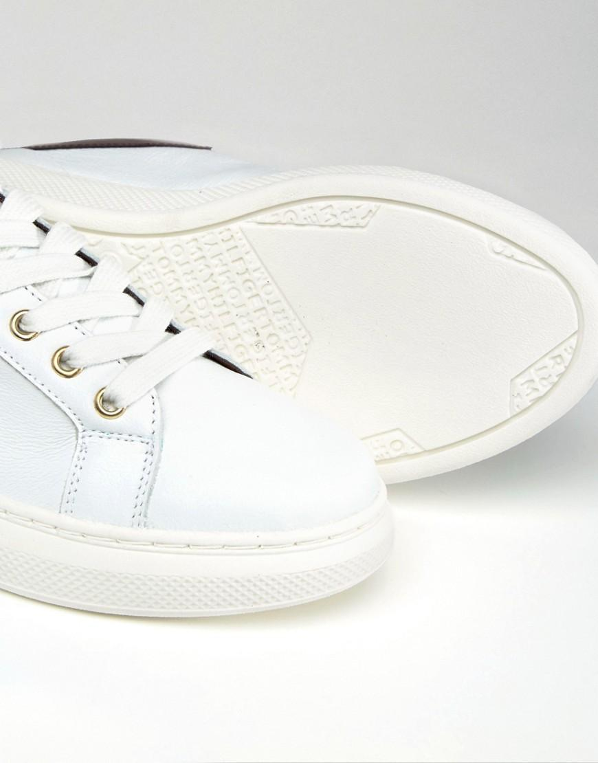 2c5aa8af2ea3 Lyst - Tommy Hilfiger Sabrina Chunky Trainers in White