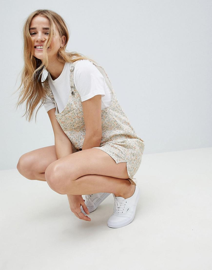 a2ad3a719cb ASOS Dungaree Playsuit In Floral Print - Lyst