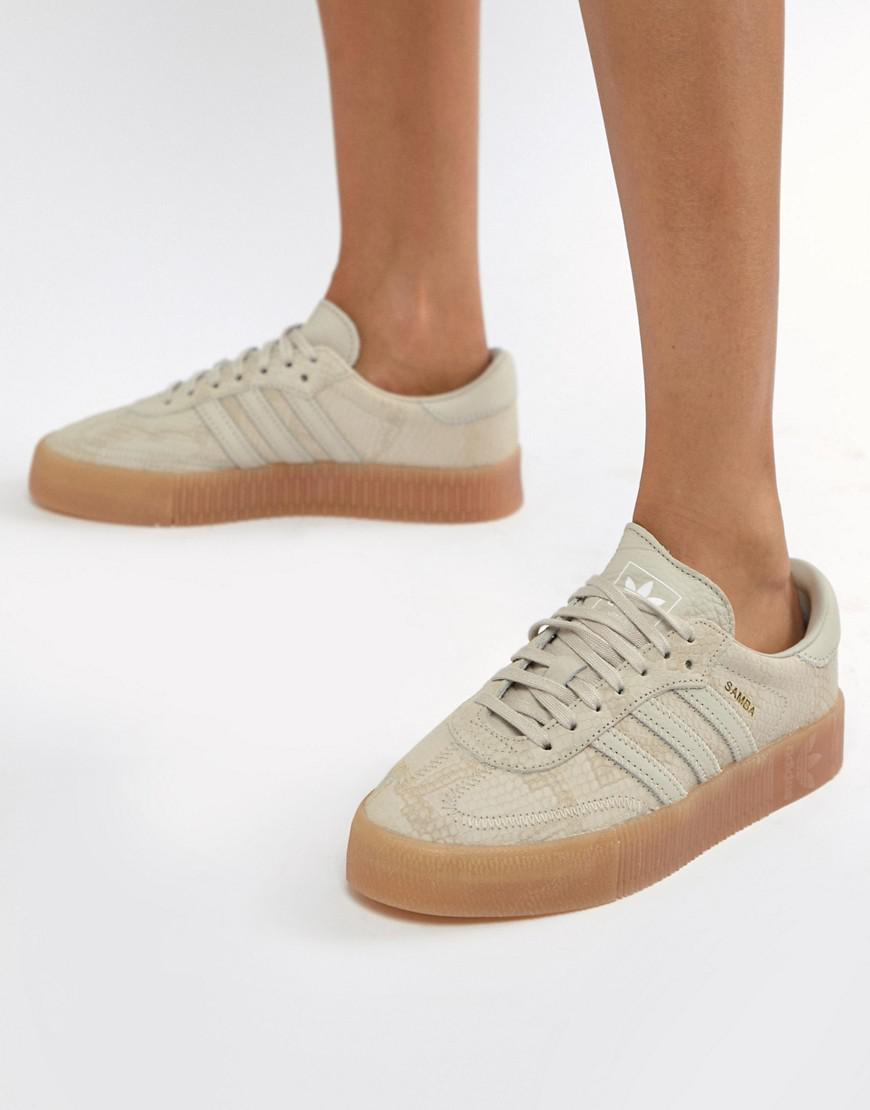 newest 7a40e 4a666 adidas Originals Samba Rose Trainers In Tan With Gum Sole in Natural - Lyst