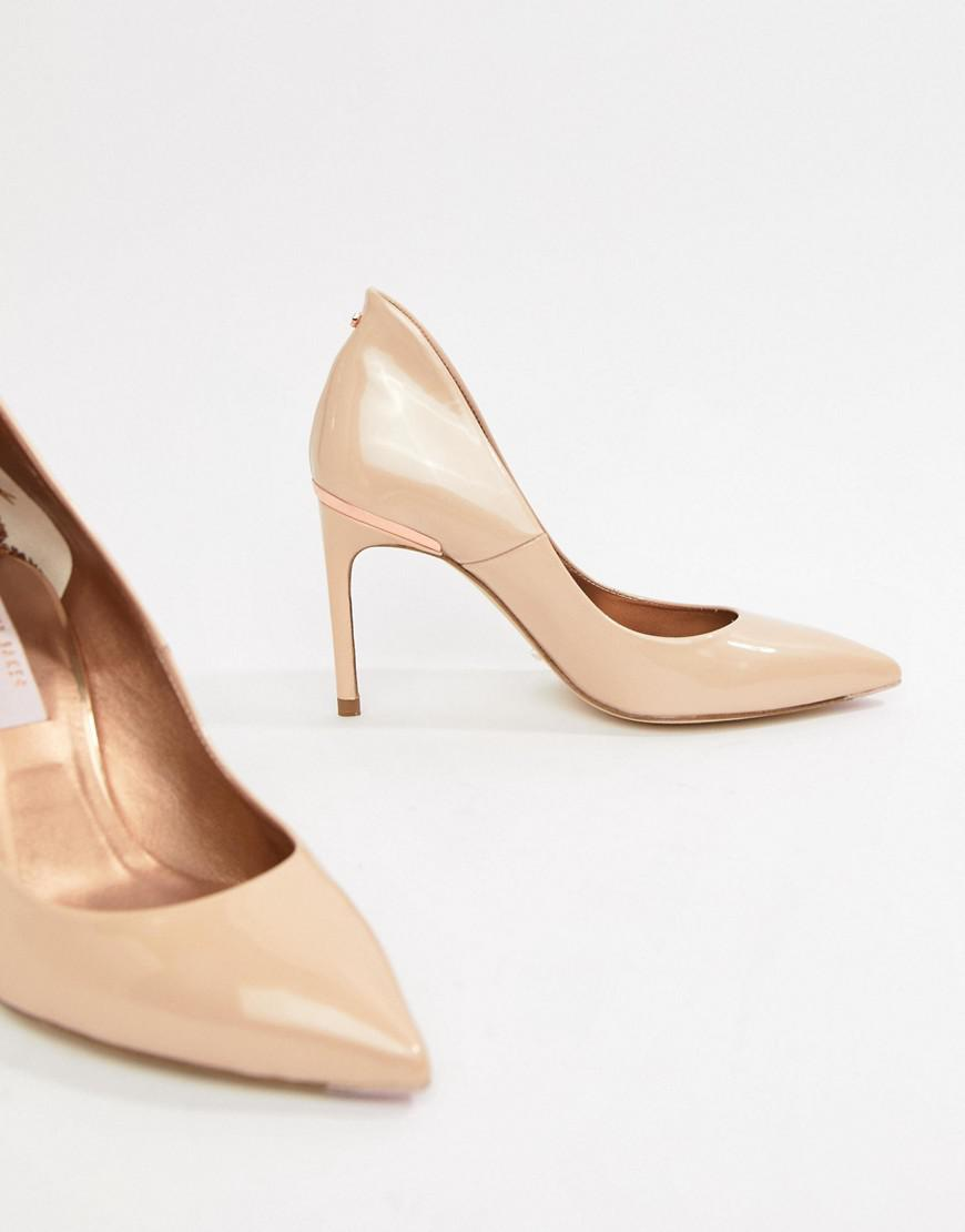 35c6fed16e4 Lyst - Ted Baker Savio Nude Patent Leather Pointed Pumps in Natural