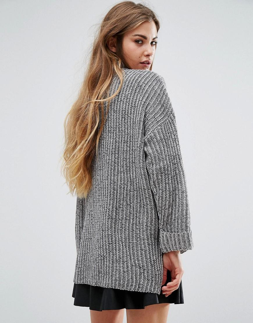 7586610fb5a5 Lyst - Pull Bear Step Hem Long Sleeve Ribbed Sweater in Gray