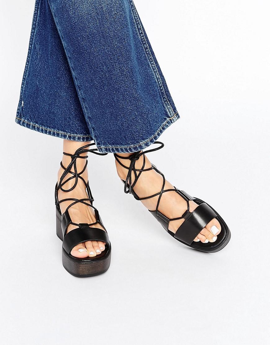 7085a3046bd6 Lyst - Vagabond Noor Black Cross Front Platform Sandals in Black