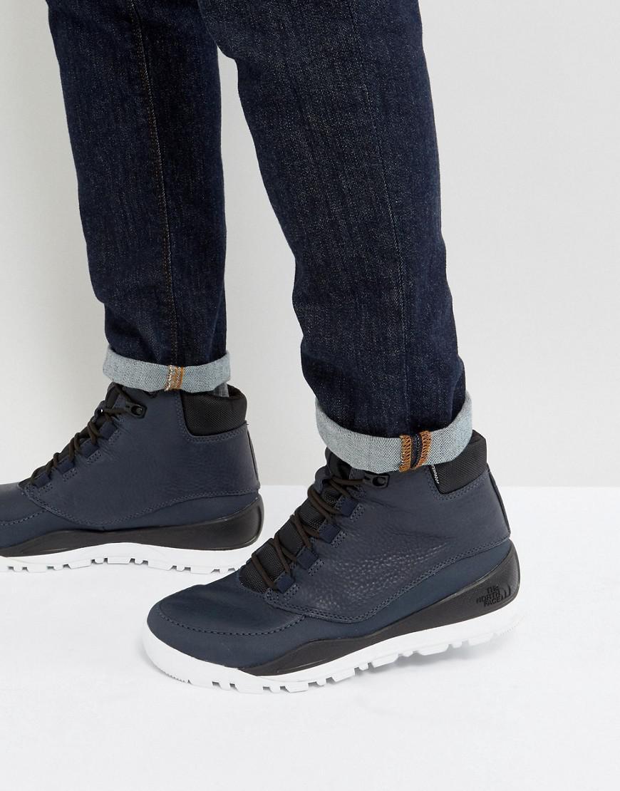 Endurance Walking Shoes
