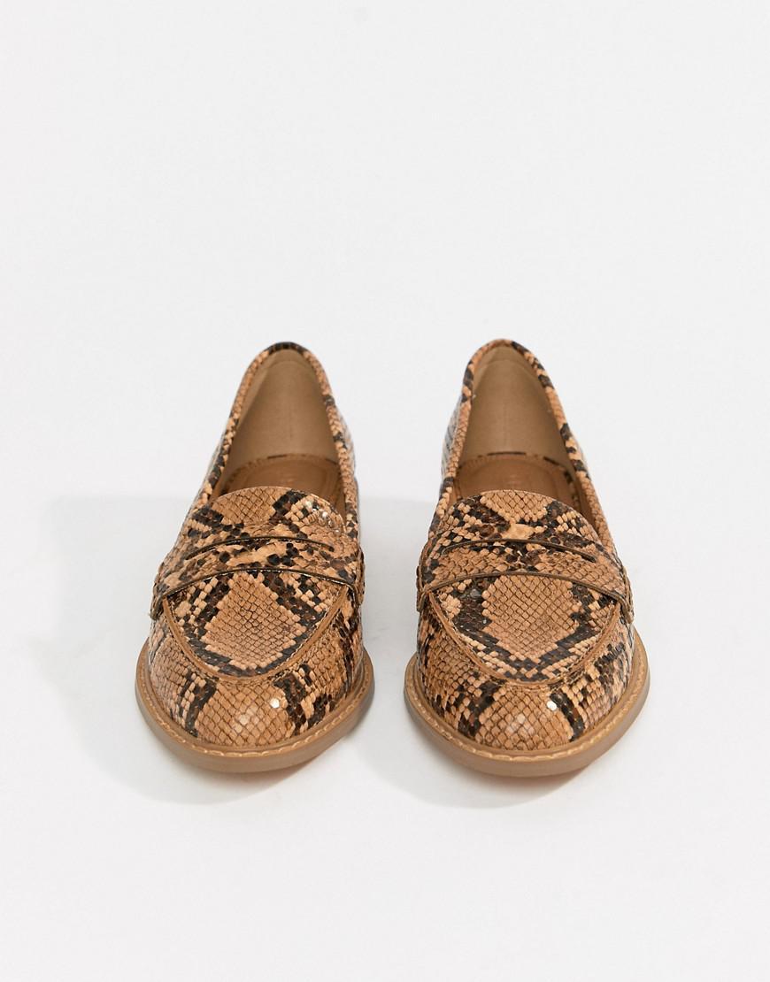 e2da05cb486b Lyst - ASOS Munch Loafer Flat Shoes In Snake
