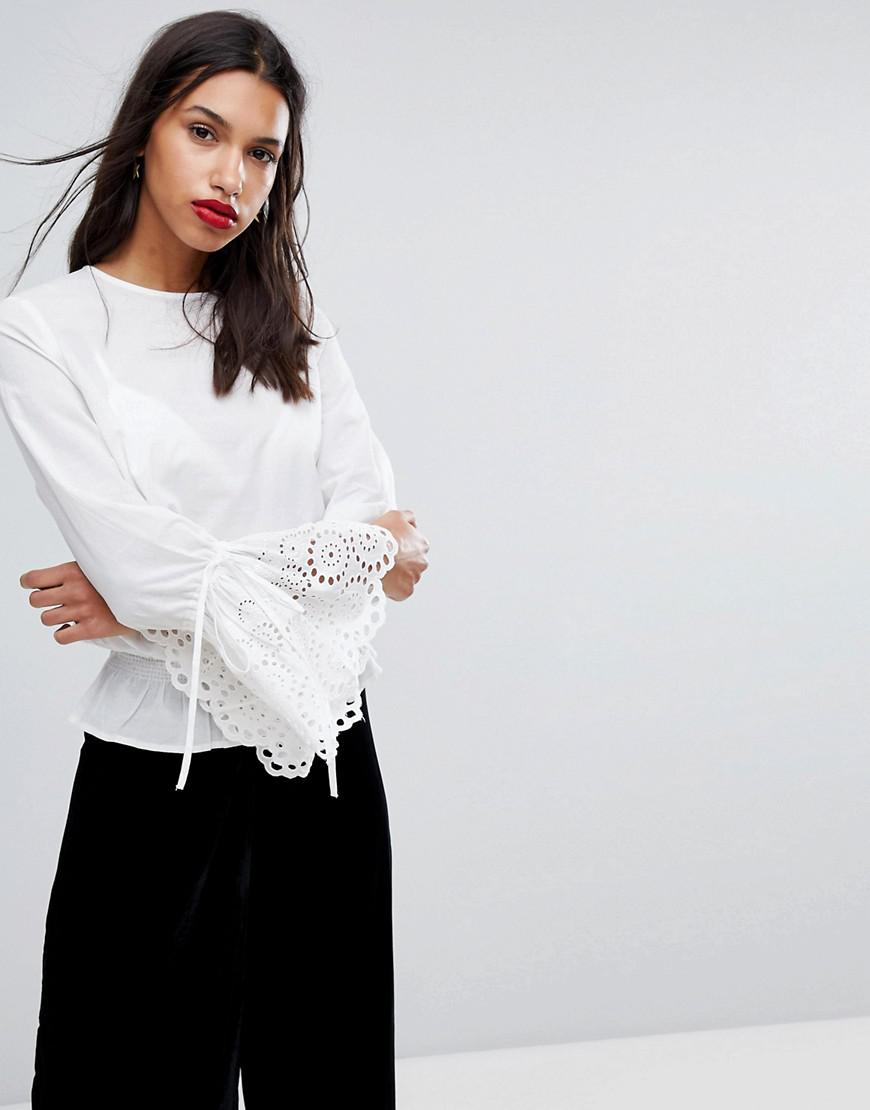 24e34d947ebc73 Y.A.S Woven Top With Crochet Fluted Sleeves in White - Lyst