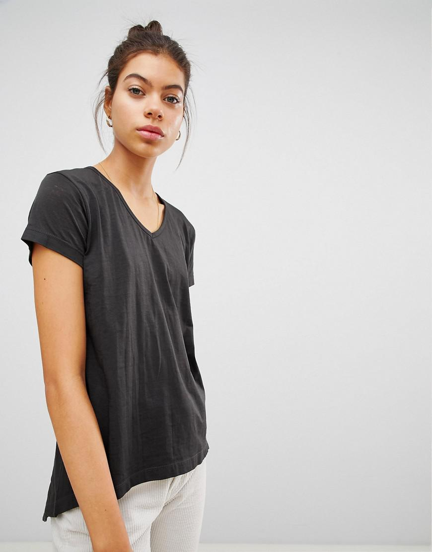 Really For Sale Wrap Hem Striped T-Shirt - Black Ouvre Fashion Discount Find Great Shopping Online Free Shipping vcc1T