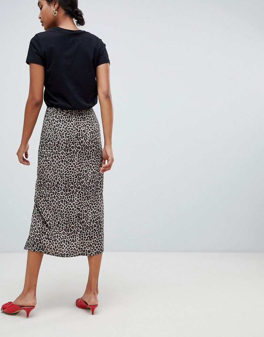 d78aa485dc12 Oasis Side Split Midi Skirt In Animal Print - Lyst